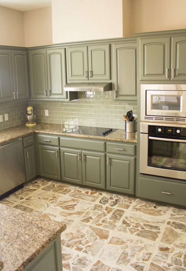 Kitchen makeover with cabinets painted with Sherwin Williams Thunderous