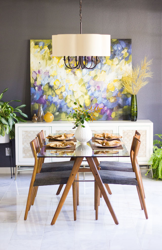 Modern dining room with Sherwin Williams Peppercorn paint