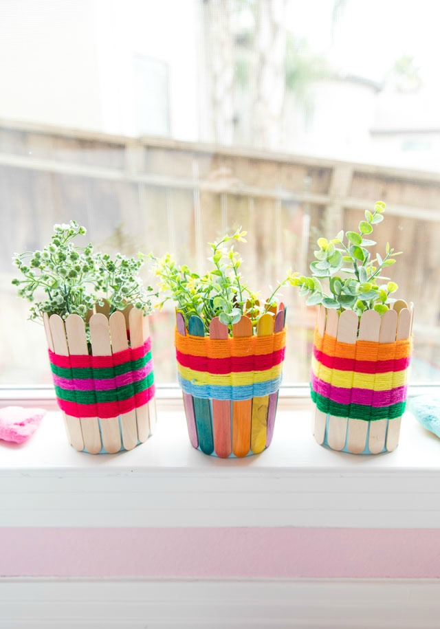 Popsicle Stick Weaving: DIY Yarn Baskets