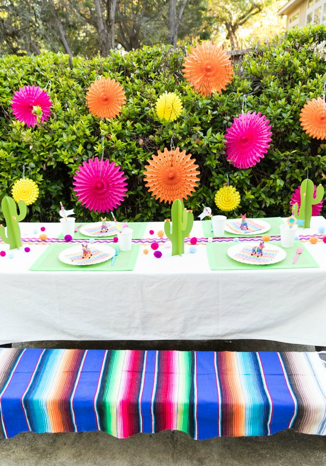5 Tips for a Backyard Fiesta Party