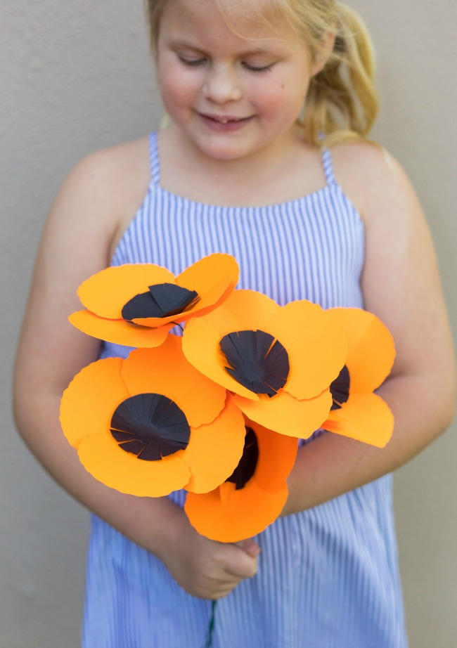 easy-giant-paper-poppies