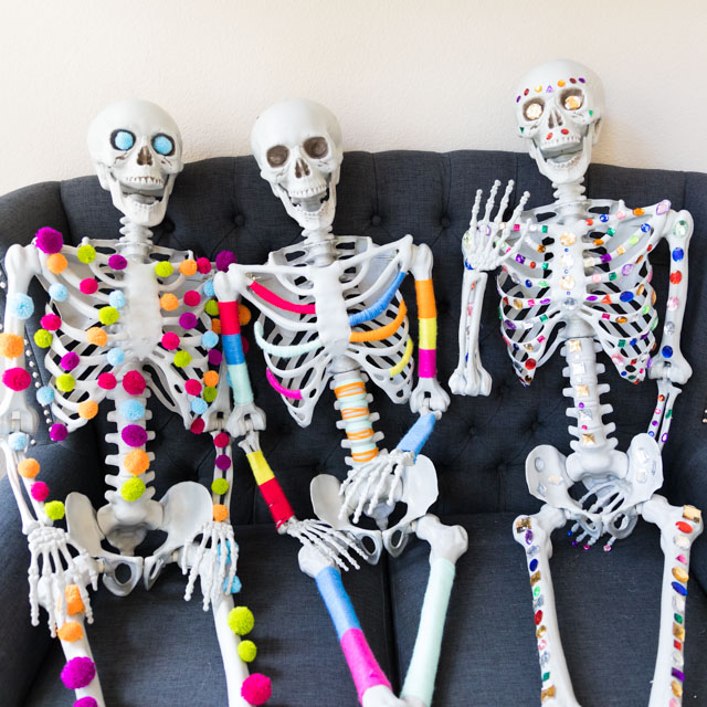 3 Ways to Decorate a Halloween Skeleton with Craft Supplies