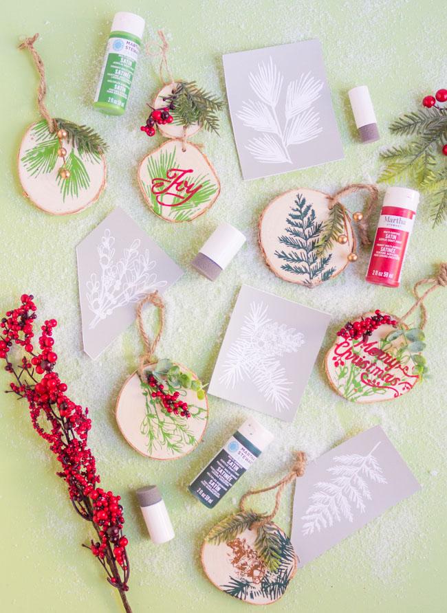 DIY Painted Wood Slice Ornaments