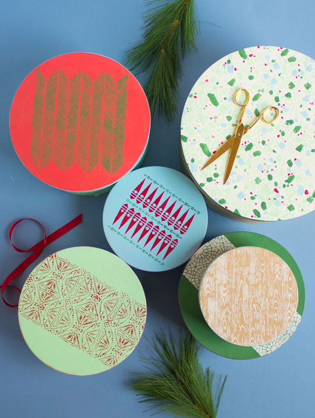 DIY Christmas gift boxes with Martha Stewart stencils and paint