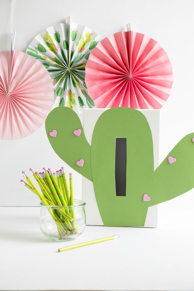 Cactus Valentine Card Shoe Box Decorating Idea
