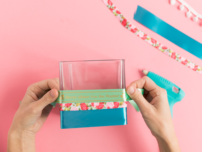 Easy DIY Ribbon Vases with P-Touch Label Maker