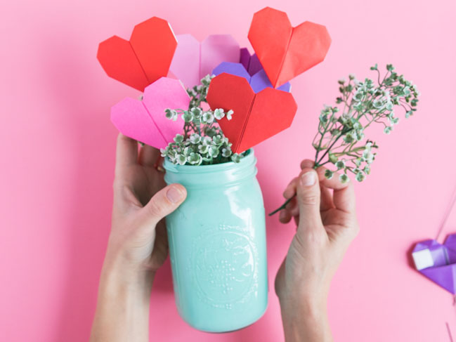 Origami heart flower bouquet for Valentine's Day