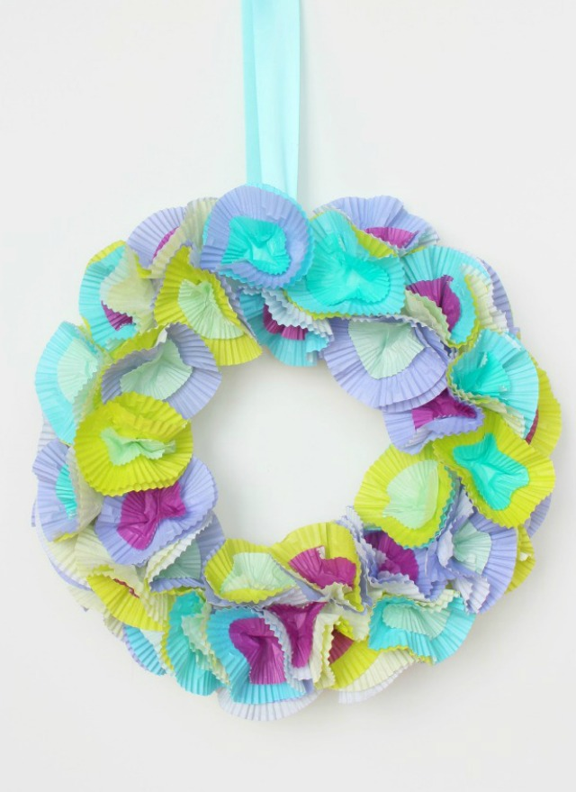 Easy cupcake liner wreath to make at home