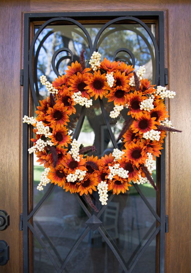 Easy Dollar Tree Fall Wreath
