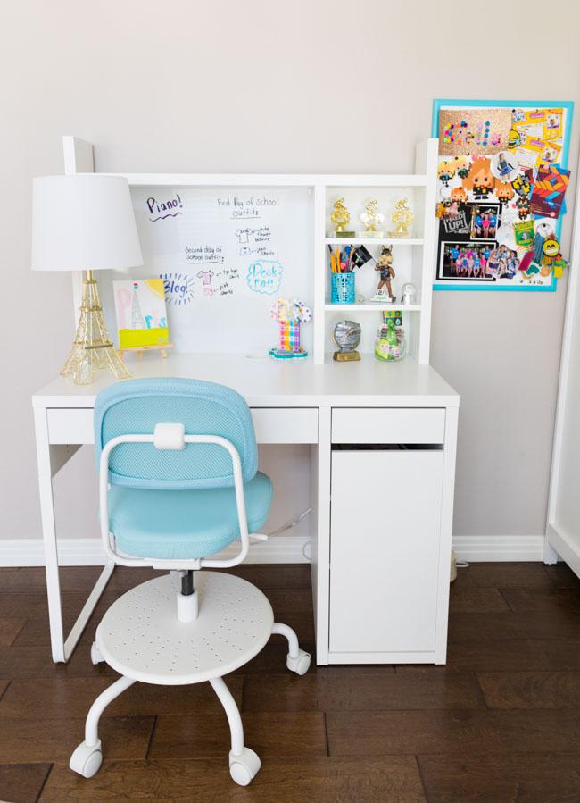 IKEA Micke Desk with Hutch in Girls Bedroom