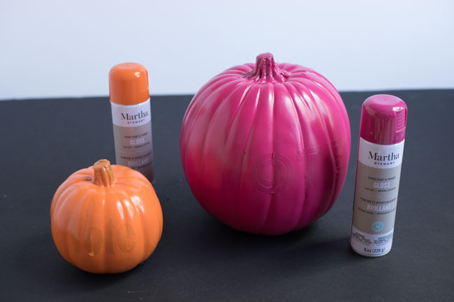 How to spray paint pumpkins
