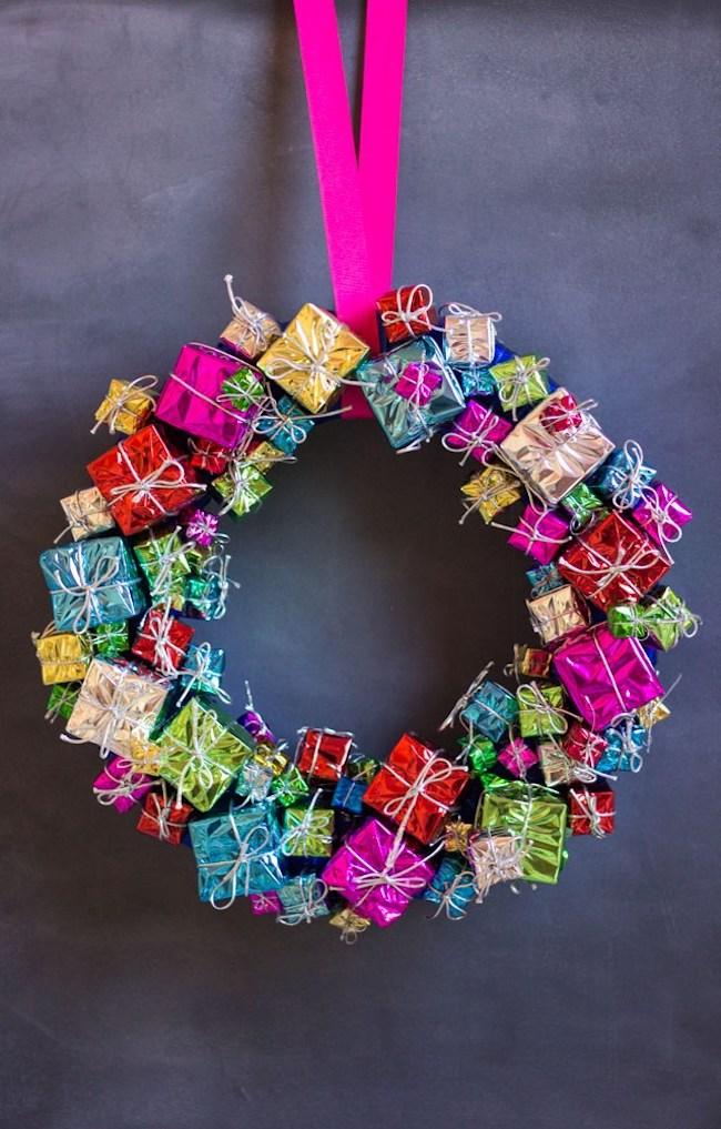 DIY present wreath with mini gift box ornaments