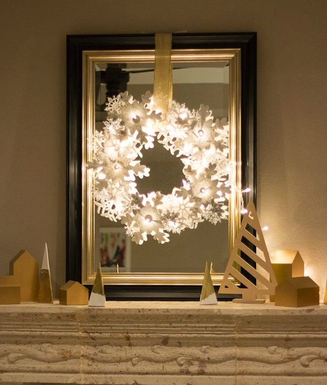 DIY Glowing Snowflake Ornament Wreath