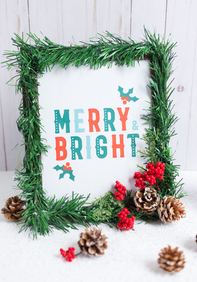 DIY Christmas Picture Frames with Free Printables