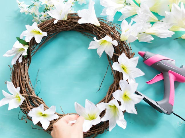 How to glue artificial flowers to grapevine wreath