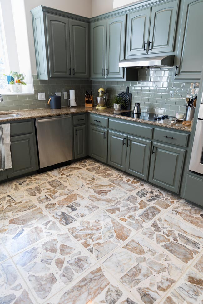 Kitchen with agglomerate terrazzo floor tiles